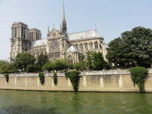 Restaurant groupe Paris proche de la Cathédrale Notre Dame