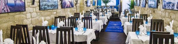 Repas en groupe, salle Bistrot de la montagne à Paris